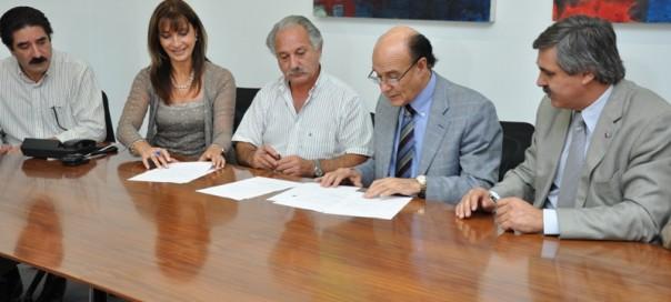 Firma de acuerdo con UEPC