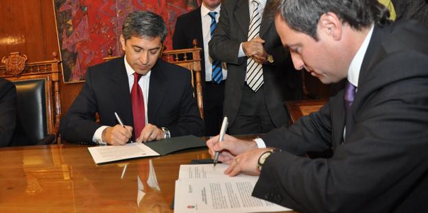 Firma de Adhesión a la ley de seguridad de tránsito