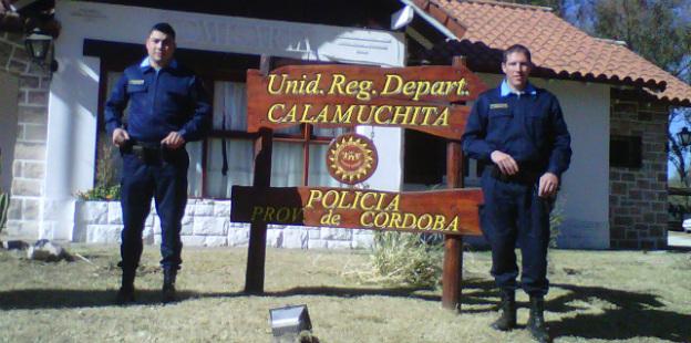 Foto policías Villa del Dique