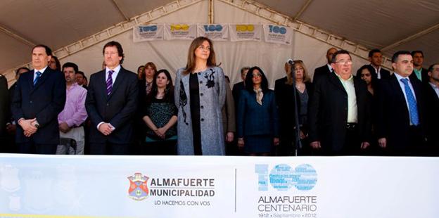Alicia Pregno destacó en su discurso las potencialidades de Almafuerte para la región   copia