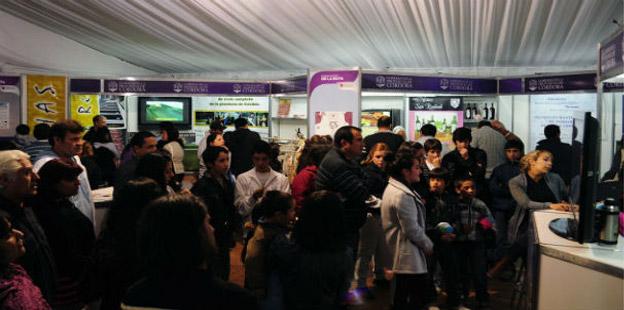 Carpa de Gobierno Expo Mina Clavero