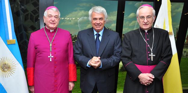 De la Sota Nuncio Apostólico