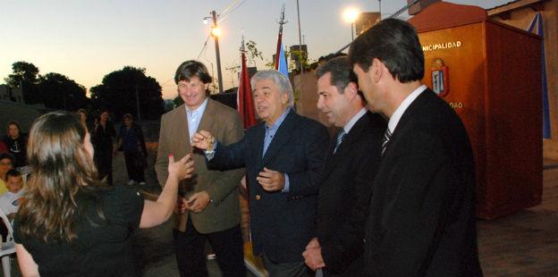 De la Sota entrega viviendas en Camilo Aldao