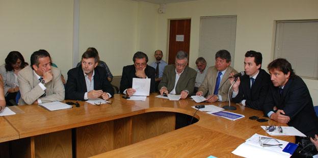 Calvo explicó la creación de la Policía Ambiental a legisladores