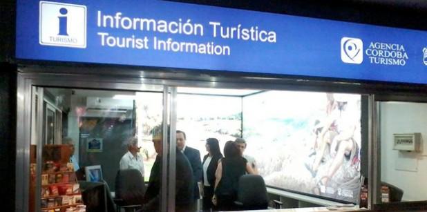 la terminal cuenta con una renovada oficina de informes
