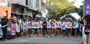 Más de 900 chicos corrieron la 5ta maratón de Colegios Secundarios1