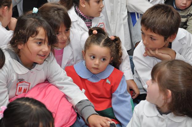 """28 de Mayo: """"Día de los jardines de infantes y la maestra jardinera"""""""