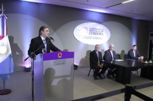Llaryora elogió el trabajo en conjunto con el sector del comercio.
