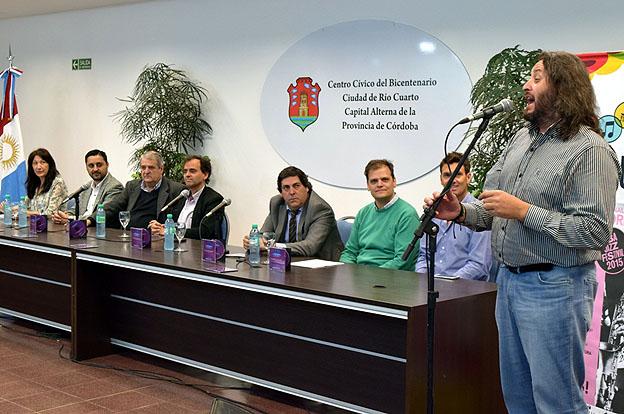 Grilla de espect culos para celebrar los 229 a os de r o for Rio cuarto 230 anos