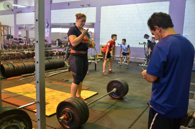 Atletismo: Rocío Comba se prepara para los Juegos de Río