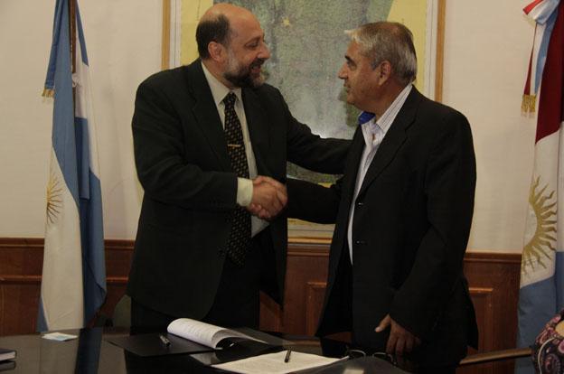 Acuerdo entre Ambiente y Educación para pasantías educativas