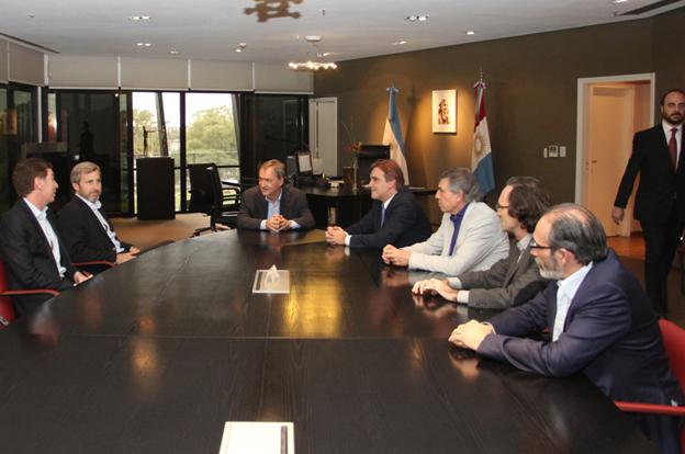 Schiaretti recibi al ministro del interior de la naci n for Ministro del interior 2016