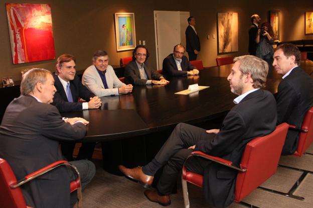 Schiaretti recibi al ministro del interior de la naci n for Agenda ministro del interior