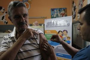 La vacuna es gratuita para las personas comprendidas en los grupos de riesgo.