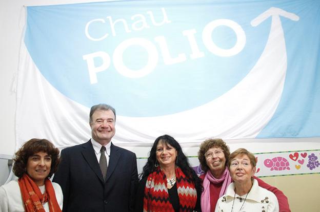Chau polio: se concretó el cambio en el esquema de vacunación