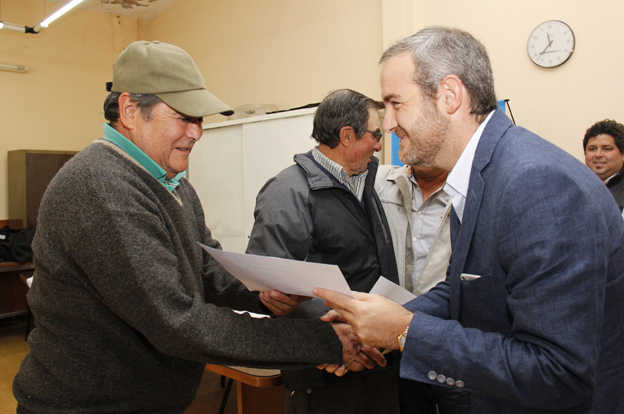 Desarrollo Social entregó créditos Vida Digna en Calamuchita