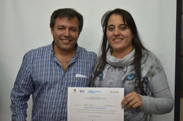 Entregaron certificados del curso de emprendedurismo