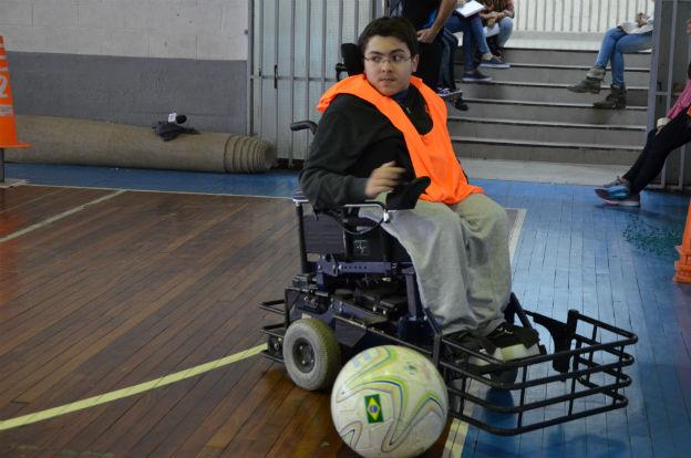El powerchair, deporte sensación en el Estadio Kempes