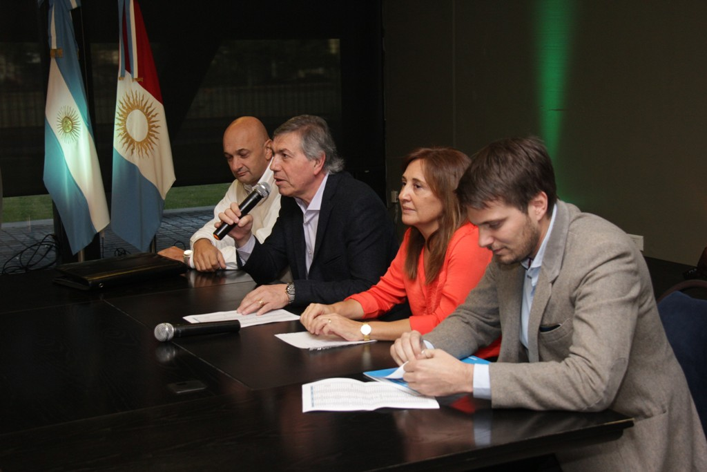 59 municipios y comunas firmaron hoy laadhesión al Paicor