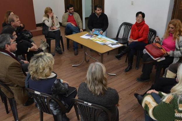 El Consejo local de Niñez y Adolescencia se reunió con el Tribunal de Justicia