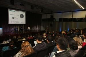 Con gran asistencia de público, García Lambas y Barraco conversaron de física y astronomía.