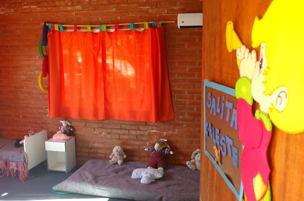 Salas cunas, créditos y lotes para el departamento San Javier