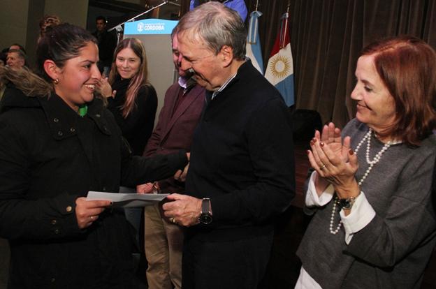 La Provincia ya entregó más de 11 mil créditos Vida Digna