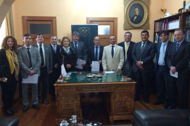 Convenio de cooperación entre la UPC y la Universidad de Atacama