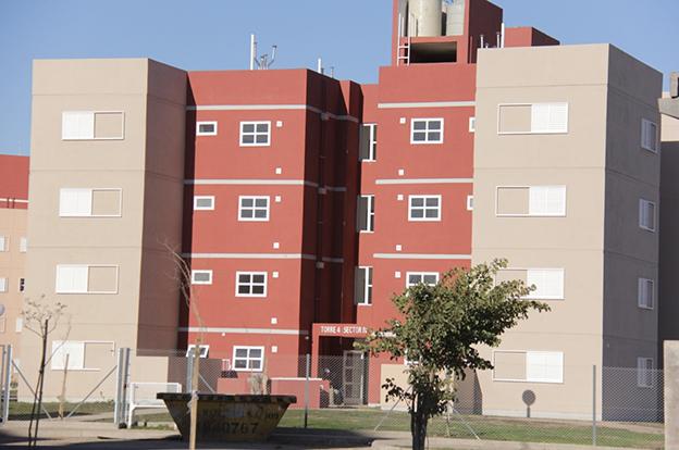 Se entregaron 96 viviendas en Marqués de Sobremonte
