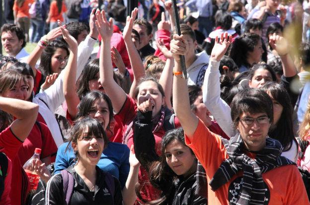 Más de 75 mil jóvenes se inscribieron a los programas Primer Paso y Primer Paso Aprendiz