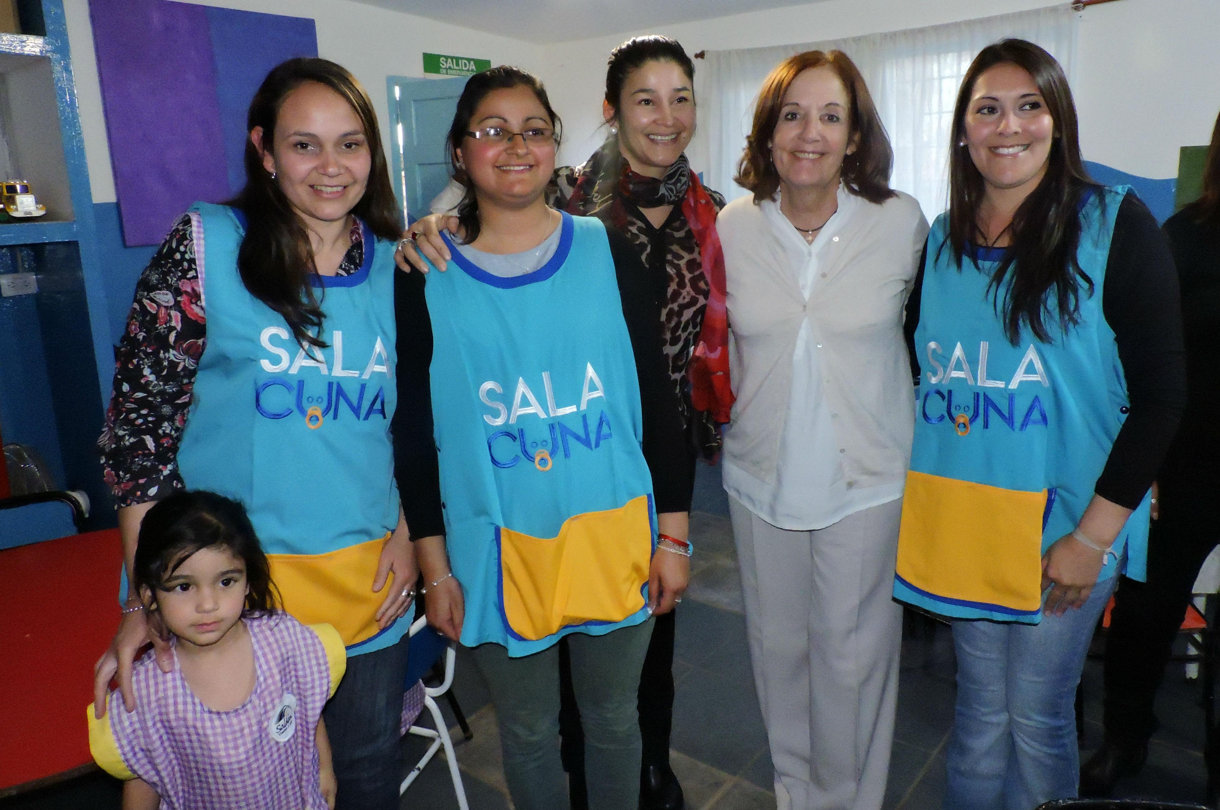 Las dos nuevas salas cuna de Saldán comenzaron con 400 niños