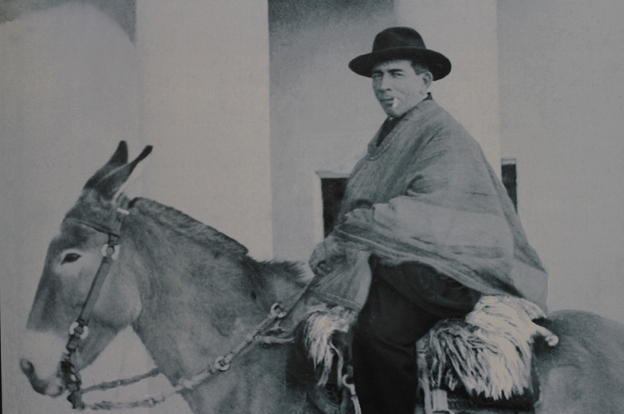 El Cura Brochero en su mula Malacara