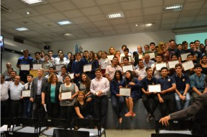 Tras participar de la expo TécnicaMente, escuelas cordobesas recibieron su premio/Foto gentileza INET.