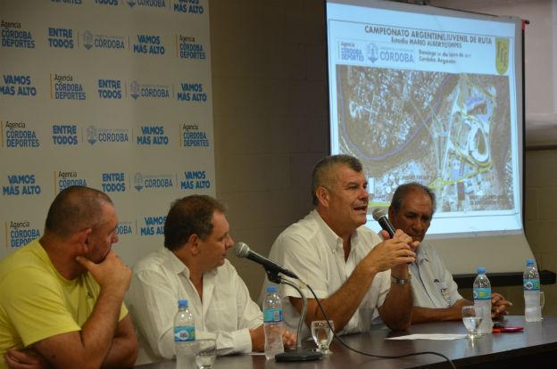 Ciclismo: Se presentó el Campeonato Argentino de Ruta de juveniles y menores