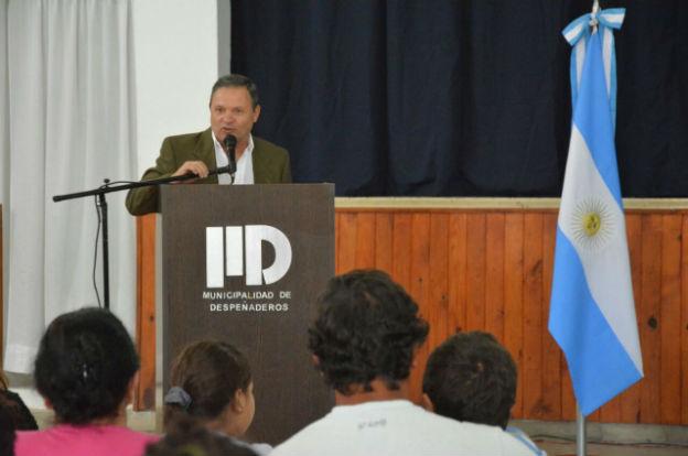 Desarrollo Social entregó créditos Vida Digna en Despeñaderos