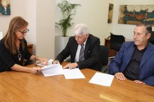 Secretaria Rivero firma convenio con UPC 2