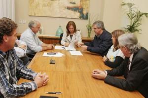 La UEPC suscribió el acuerdo salarial propuesto por la Provincia