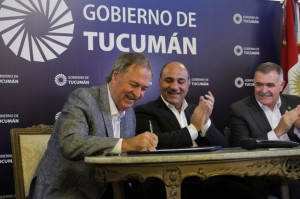El gobernador Schiaretti firmó acuerdos de cooperación con el Gobierno de Tucumán.