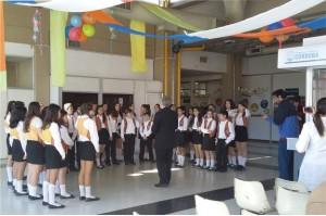 Coro de Niños Cantores en el Hospital de Niños.