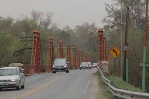 Puente sobre el Río Xanaes en Pilar.
