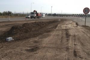Los trabajos comenzaron entre la rotonda de Ruta 20 (del avión) y las cabinas de peaje.