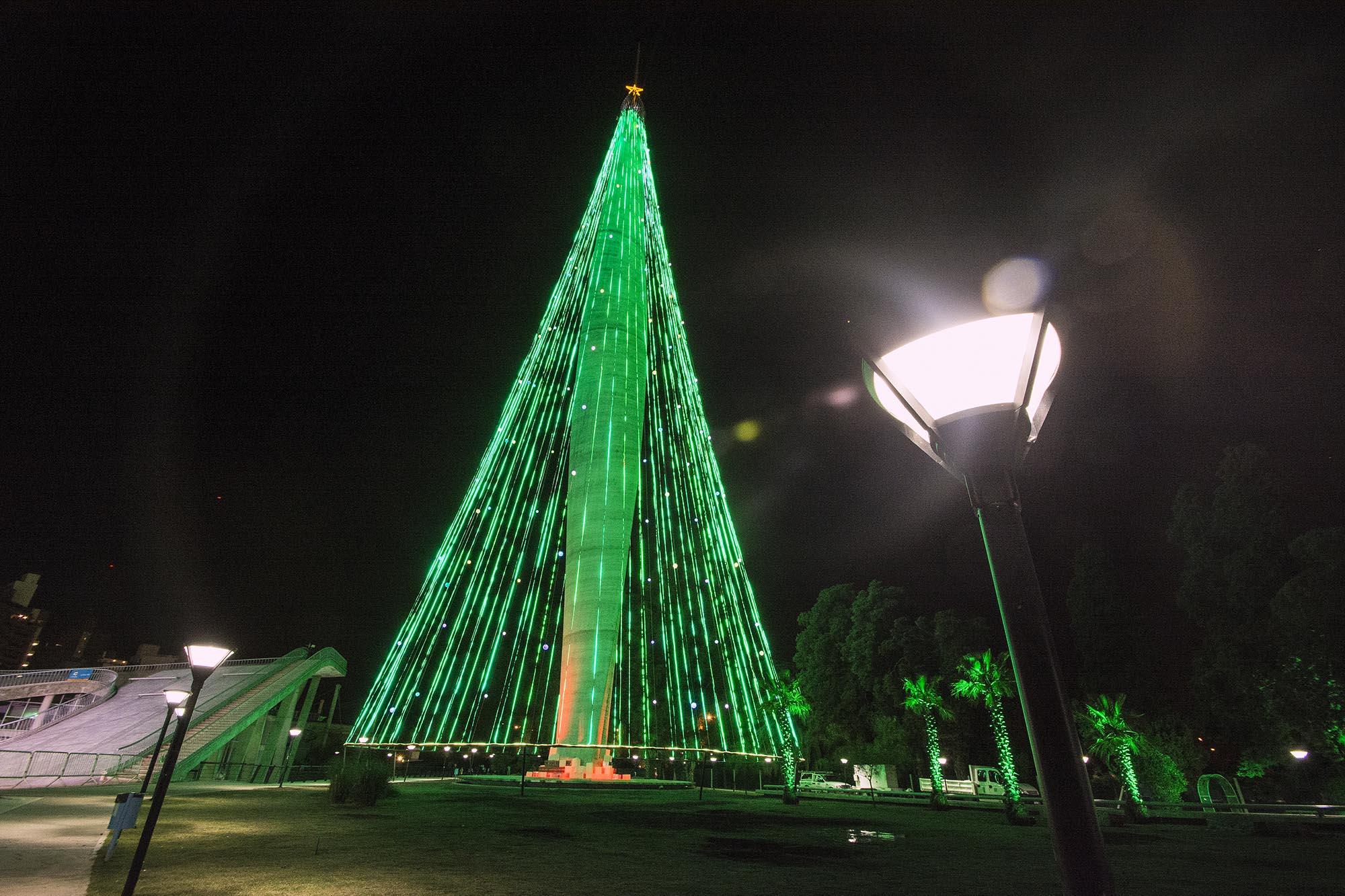 rbol de navidad en el faro del bicentenario - Arbol De Navidad