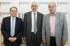 Horacio Parga Hugo Escañuela y Ricardo Sosa presentes en la firma de convenio  Bancor con Bolsa de Comercio Cba (1)