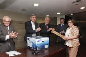 Massei y Angulo, entregan 120 computadoras para Jueces de Paz 10