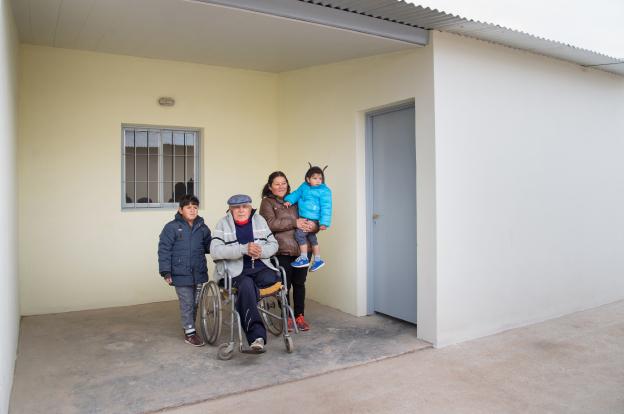 Familias del noroeste cordobés recibieron créditos y viviendas