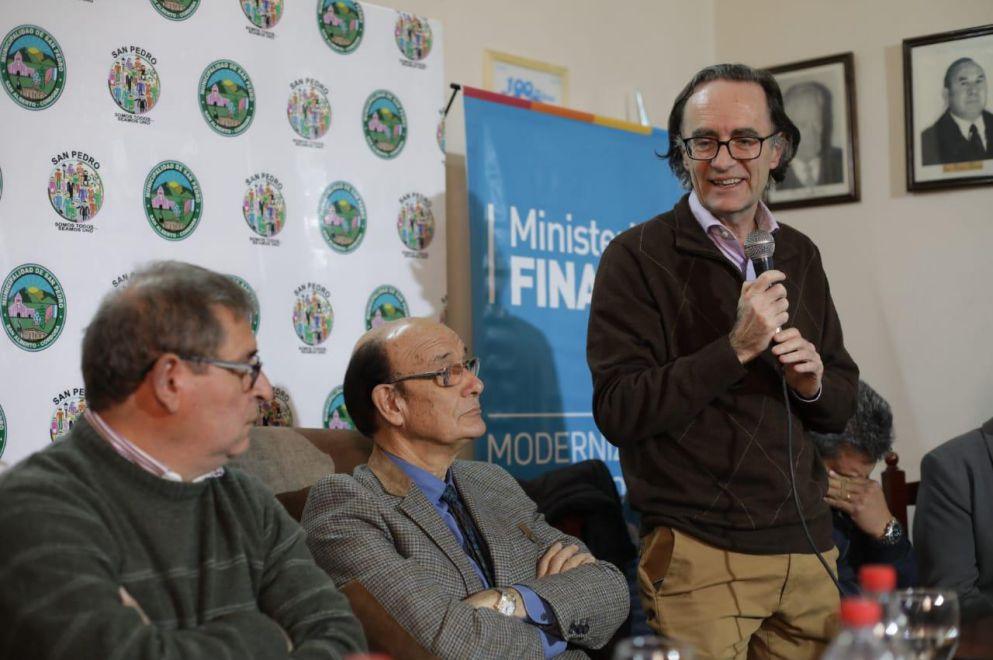 Giordano visitó el Registro Civil Digital de San Pedro