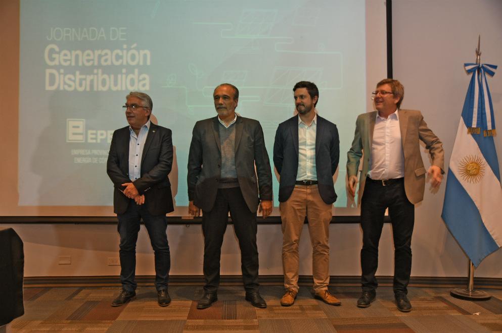 EPEC firmó contratos con empresas que se convertirán en usuarios-generadores