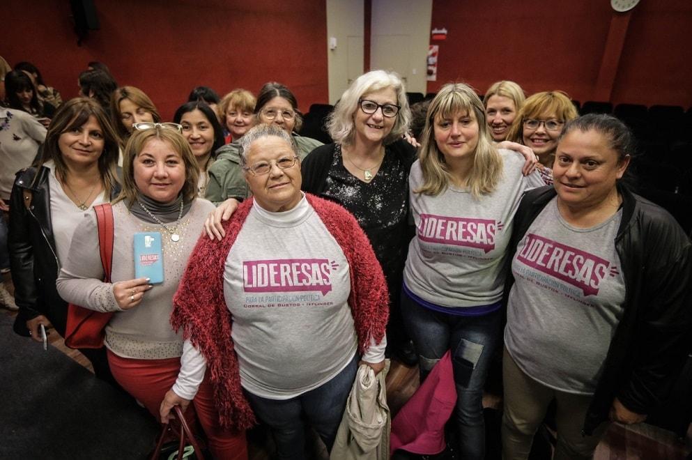Mujeres de 10 departamentos provinciales se capacitaron con Lideresas