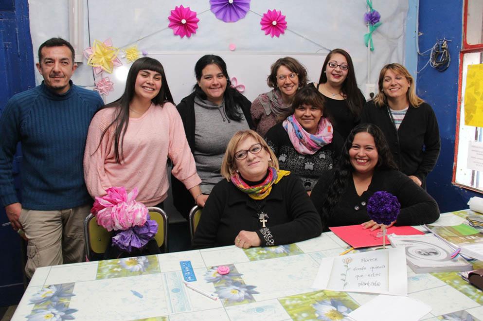 Cumplir el sueño pendiente: 720 mujeres estudian a través de Aula Mamá