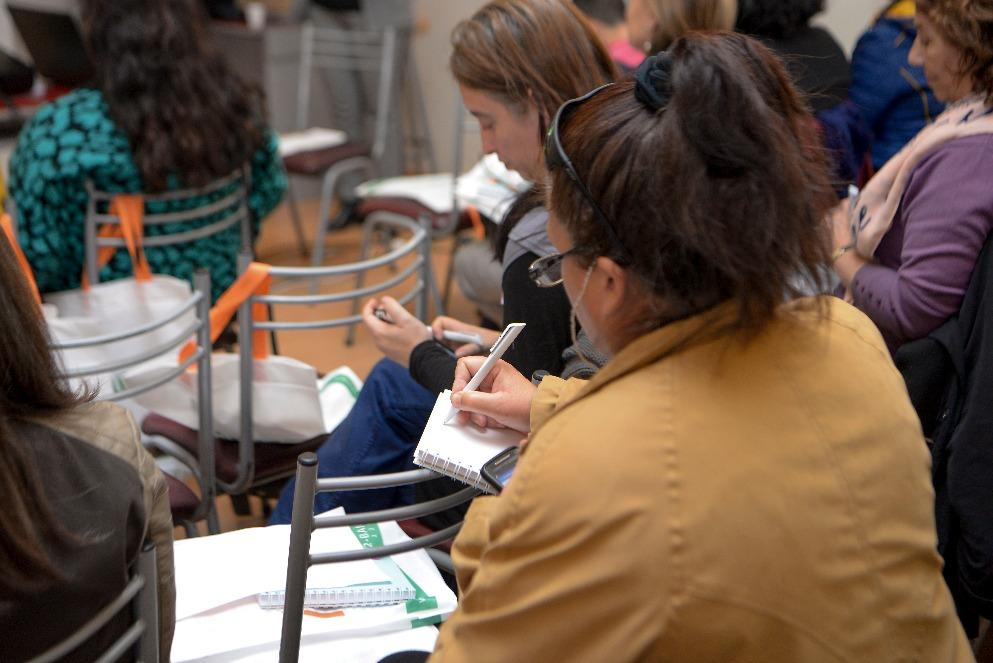 Se dictó taller de educación financiera para mujeres